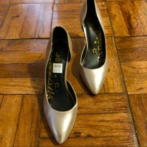 Brash Formal Metallic Gold Kitten Heels Pumps